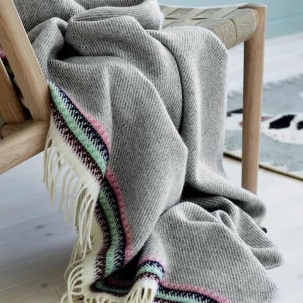 Roros Tweed Wolldecke Akle lightgrey